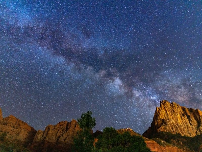 Watchman Campground mountains with starry sky