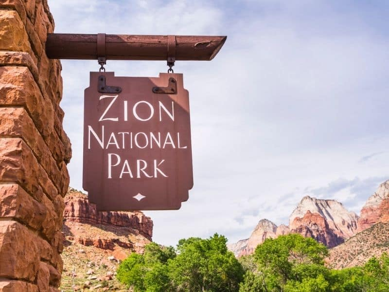 Zion Canyon Mountains with Zion National Park sign